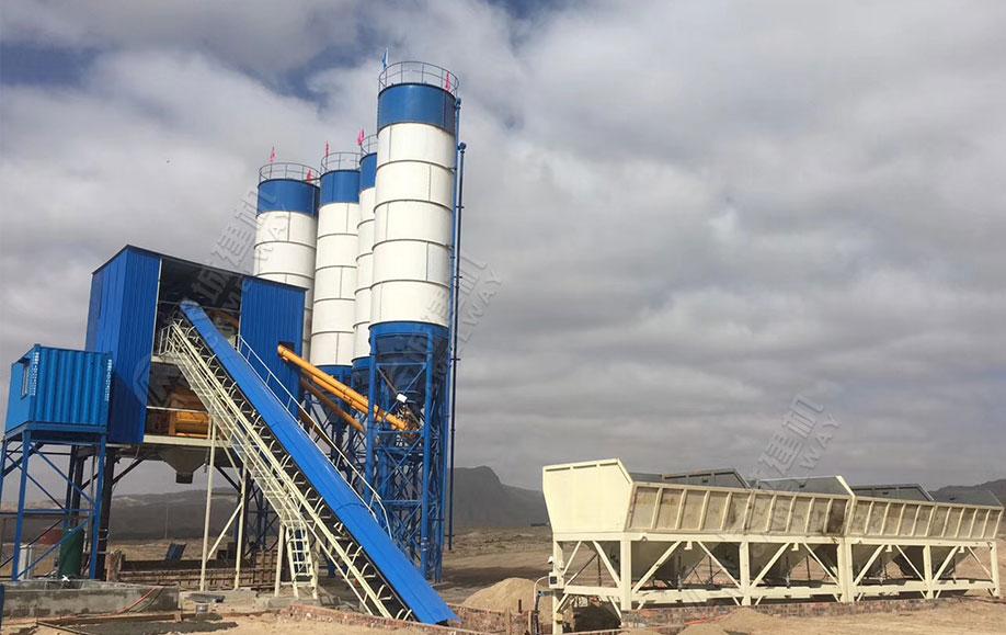哈萨克斯坦HZS120混凝土搅拌站