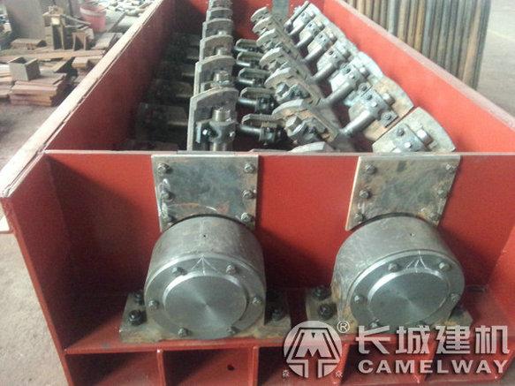 水泥稳定土拌和机机械内部结构