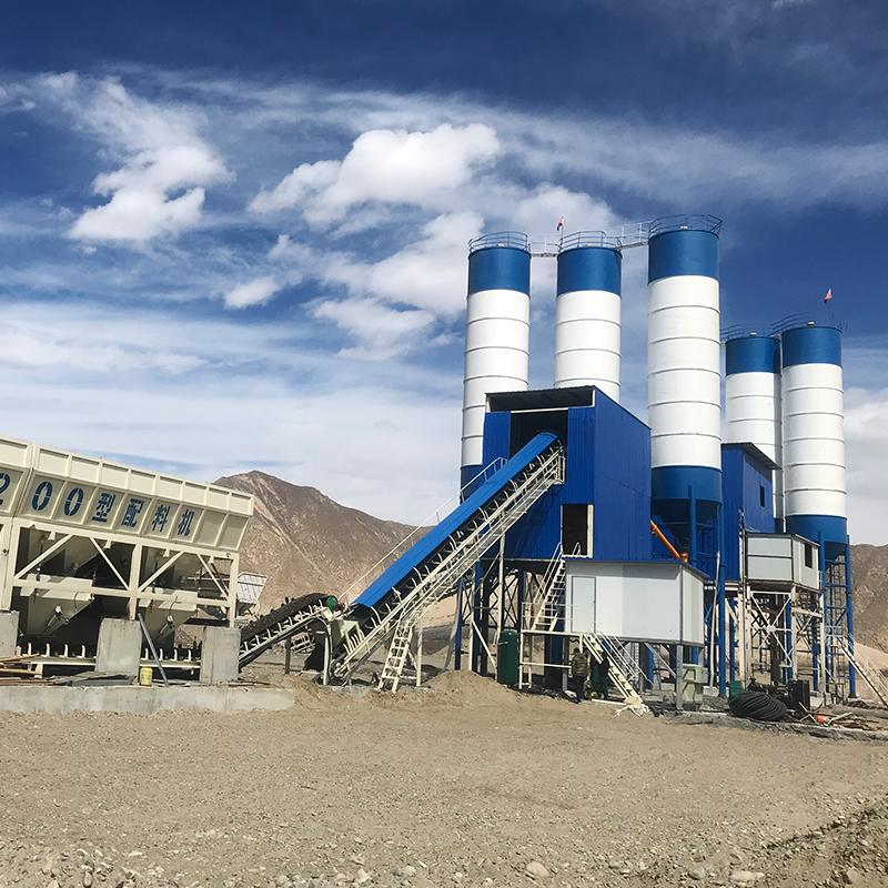 建一个标准型hzs120混凝土搅拌站一年能赚多少钱